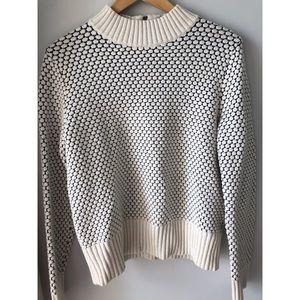 Banana Republic Chunky Knit Sweater Size Medium